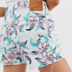 Levi's 501 high rise floral shorts